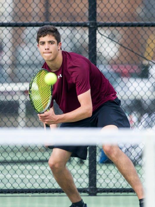 636614987760343213-Jon-Nunez-Henderson-Tennis1-9.JPG