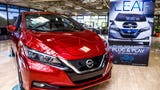 Sales Consultant Timothy Hall explains how the 2018 Nissan LEAF can assist in accident avoidance.