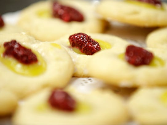 Lemon Raspberry Holiday Delights