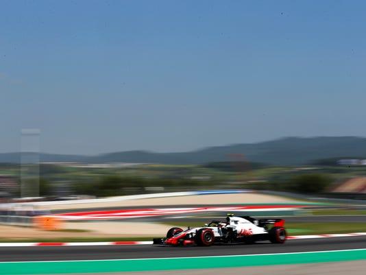 Spain_F1_GP_Auto_Racing_20907.jpg