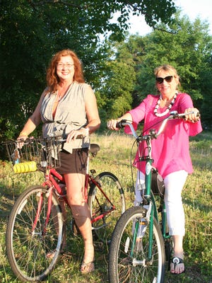 Jeannie Walden and Terri Stine find beauty in friendship and the outdoors.