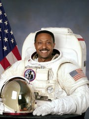 Winston Scott, former astronaut, helped Thagard bring CLC to Tallahassee.