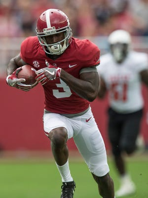 Alabama wide receiver Calvin Ridley (3) breaks away for a touchdown against Mercer in first half action at Bryant Denny Stadium in Tuscaloosa, Ala. on Saturday November 18, 2017.