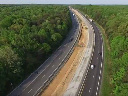 636619084522158080-Truck-lane.jpg