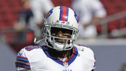 Buffalo Bills running back C.J. Spiller (28) walks onto the field before an NFL football game against the Tampa Bay Buccaneers Sunday, Dec. 8, 2013, in Tampa, Fla. (AP Photo/Chris O'Meara)