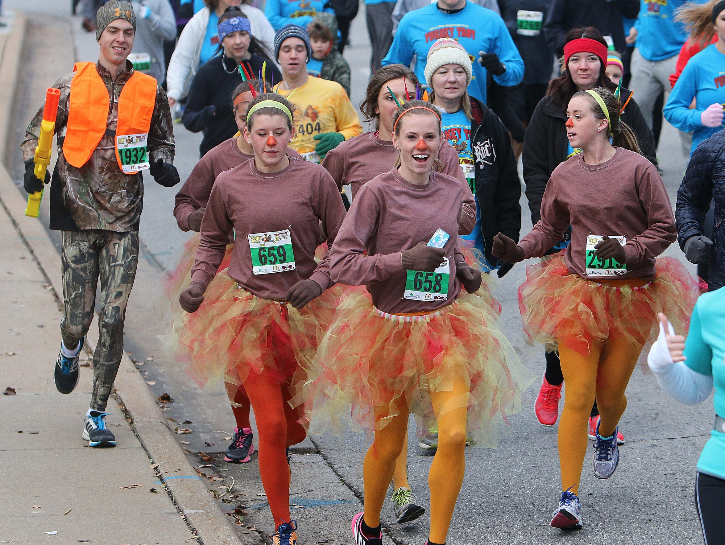 Want to run the Turkey Trot tomorrow? You can register