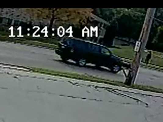 636402946739127394-suspect-vehicle.png