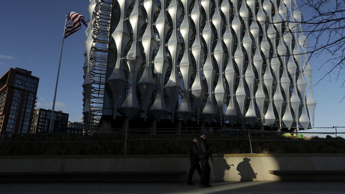 New U.S. Embassy denigrated by Trump opens in London