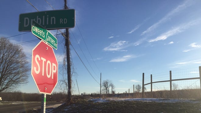 Residents of Sweets Corners and Dublin roads in Penfield are trying to stop a landowner from erecting an apple farm and cider house there.