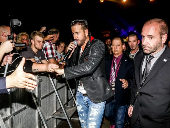 Pop star Michael Wendler meets some of his fans in