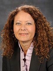 Dee Siscoe, vice president for Student Affairs, at