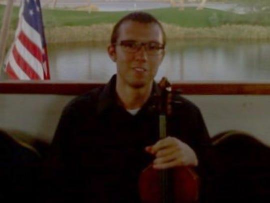 Violinist Mark Deramo