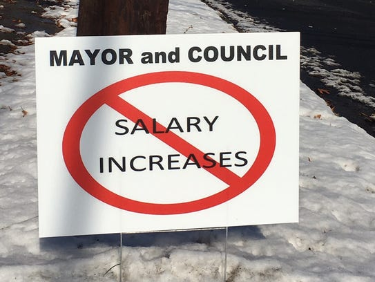 Signs have been spotted in Plainfield rejecting plans