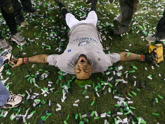 Eagles cornerback Jalen Mills celebrates as the Philadelphia