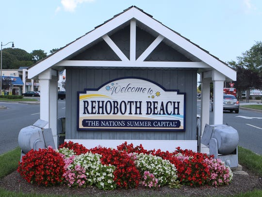 "The ""Welcome to Rehoboth Beach"" sign on the main drag."