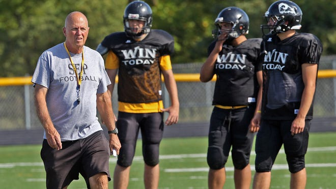 Southeast Polk High School head football coach Denny Muller has resigned after 13 seasons in charge of the Rams, according to a school news release on Monday night.