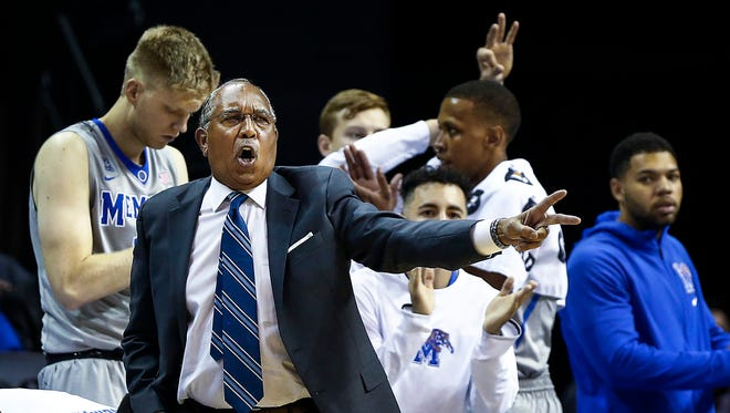 University of Memphis head coach Tubby Smith calls a play during first half action against McNeese at the FedExForum.