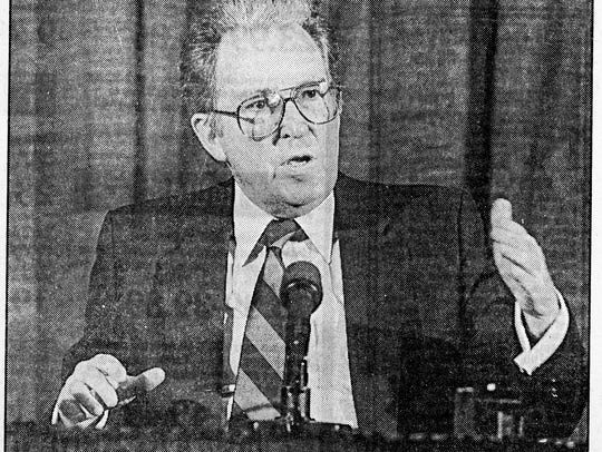 TVA Director John Waters speaks in December 1988.