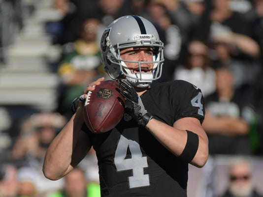 USP NFL: INDIANAPOLIS COLTS AT OAKLAND RAIDERS S FBN USA CA