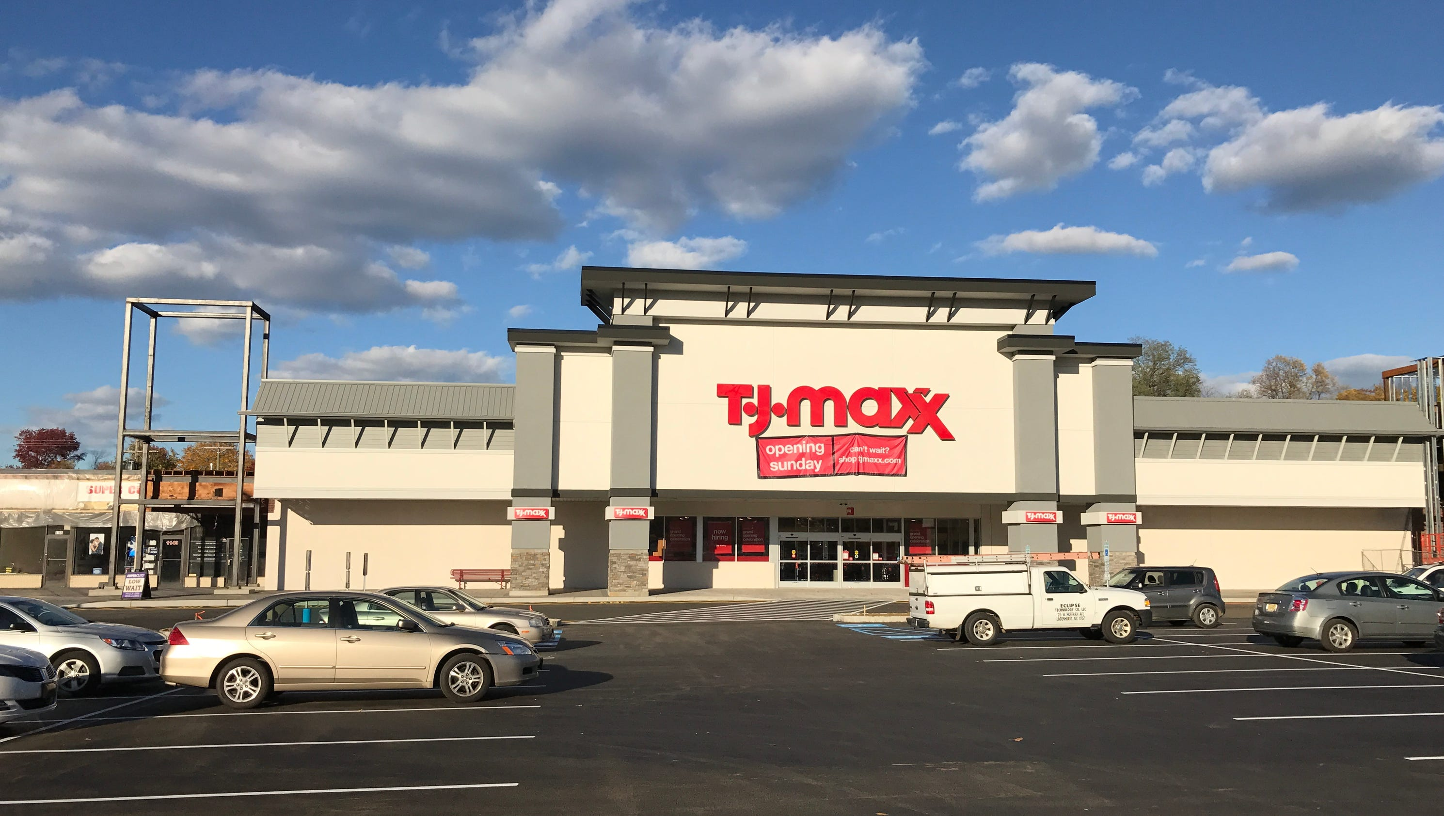 TJ Maxx opens Sunday in Middletown