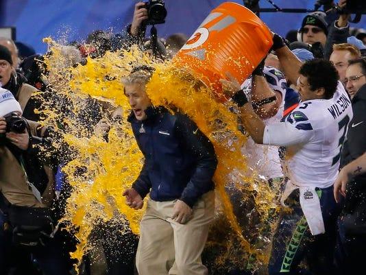 APTOPIX Super Bowl Fo_Davi.jpg