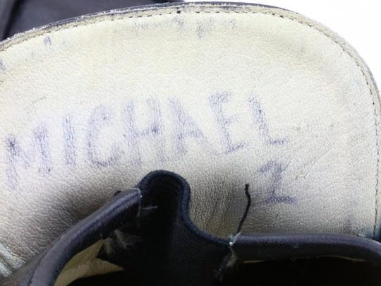 The loafers worn by Michael Jackson to perform the