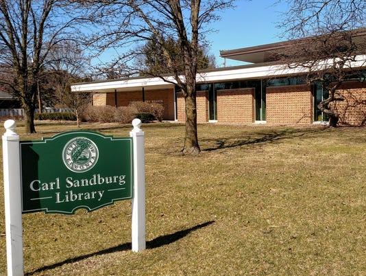 636257933265876132-Sandburg-library.jpg