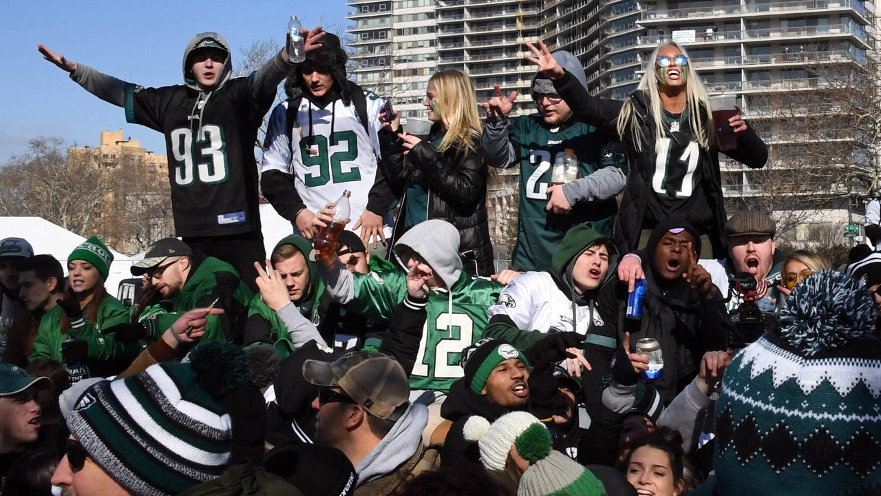 SportsPulse: Weren't able to make it to the Eagles' epic Super Bowl parade? Get a look inside of the wild crowd that was overjoyed to celebrate one of the biggest days in Philadelphia sports history.