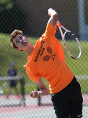 Mamaroneck's Charlie Levinson competes in the boys