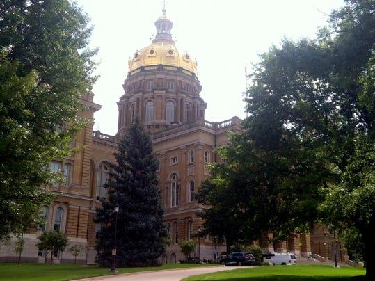 Capitol photo.jpg