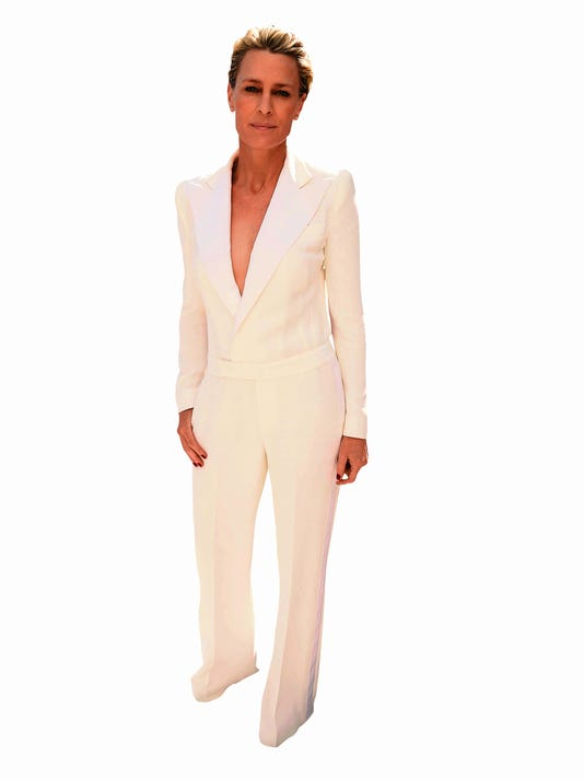 1 Emmys Fashion Highs a_Atzl.jpg