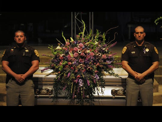Members of the Lamar County Sheriff's Department, Maj.