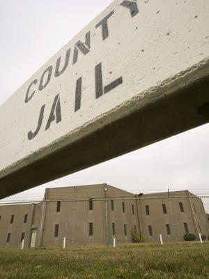 La Cárcel del Condado de Monterey.