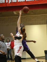Clarksville's Deja Wells and Rossview's Madisyn Hash