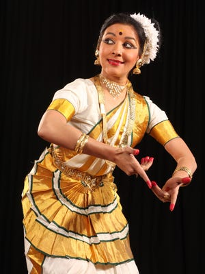 Dancer and choreographer Vijayalakshmi will perform the classical Indian dance Mohiniyattam on April 26 at Oxnard College.