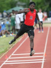 Rossview's Dahndray Holmes competes in the Class AAA