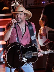 Jason Aldean performs at 10th Annual ACM Honors on