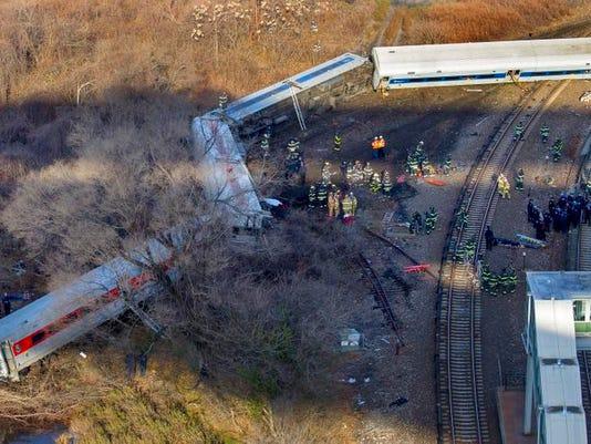 Train Derail 1.jpg