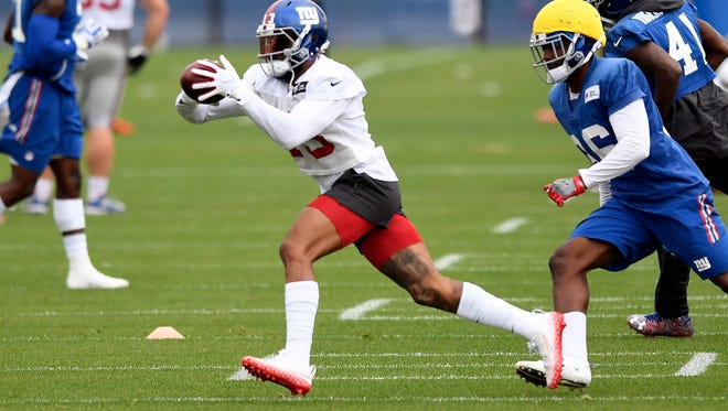 New York Giants wide receiver Odell Beckham (13) makes a catch during NFL football practice in East Rutherford, NJ on Thursday, September 14, 2017.