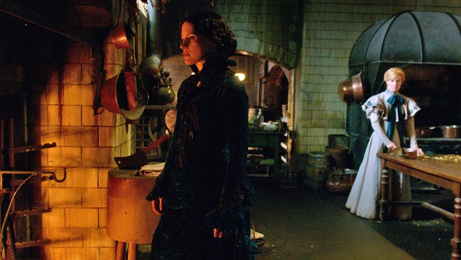 "Okay, that hurt. Jessica Chastain suffered for her platform shoes in ""Crimson Peak."""