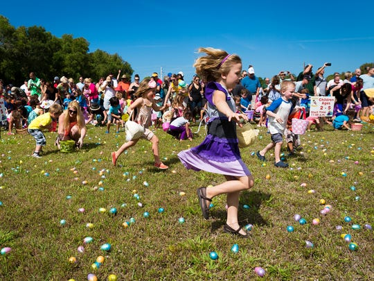 Children race to gather more than 25,000 Easter eggs