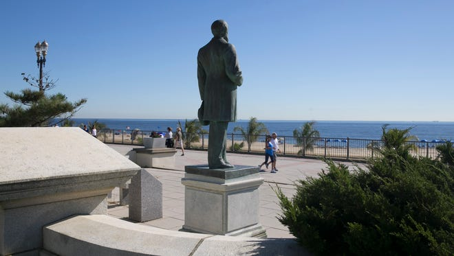 Memorial on the boardwalk in Long Branch for Ulysses Grant and the other six presidents who visited the city.