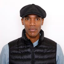 """Parker Sawyers portrays Barack Obama and Tika Sumpter portrays Michelle Robinson in """"Southside with You."""""""