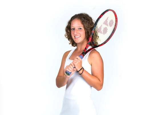 2017 Spring Player of the Year finalist Amanda Ruci, Barron Collier tennis
