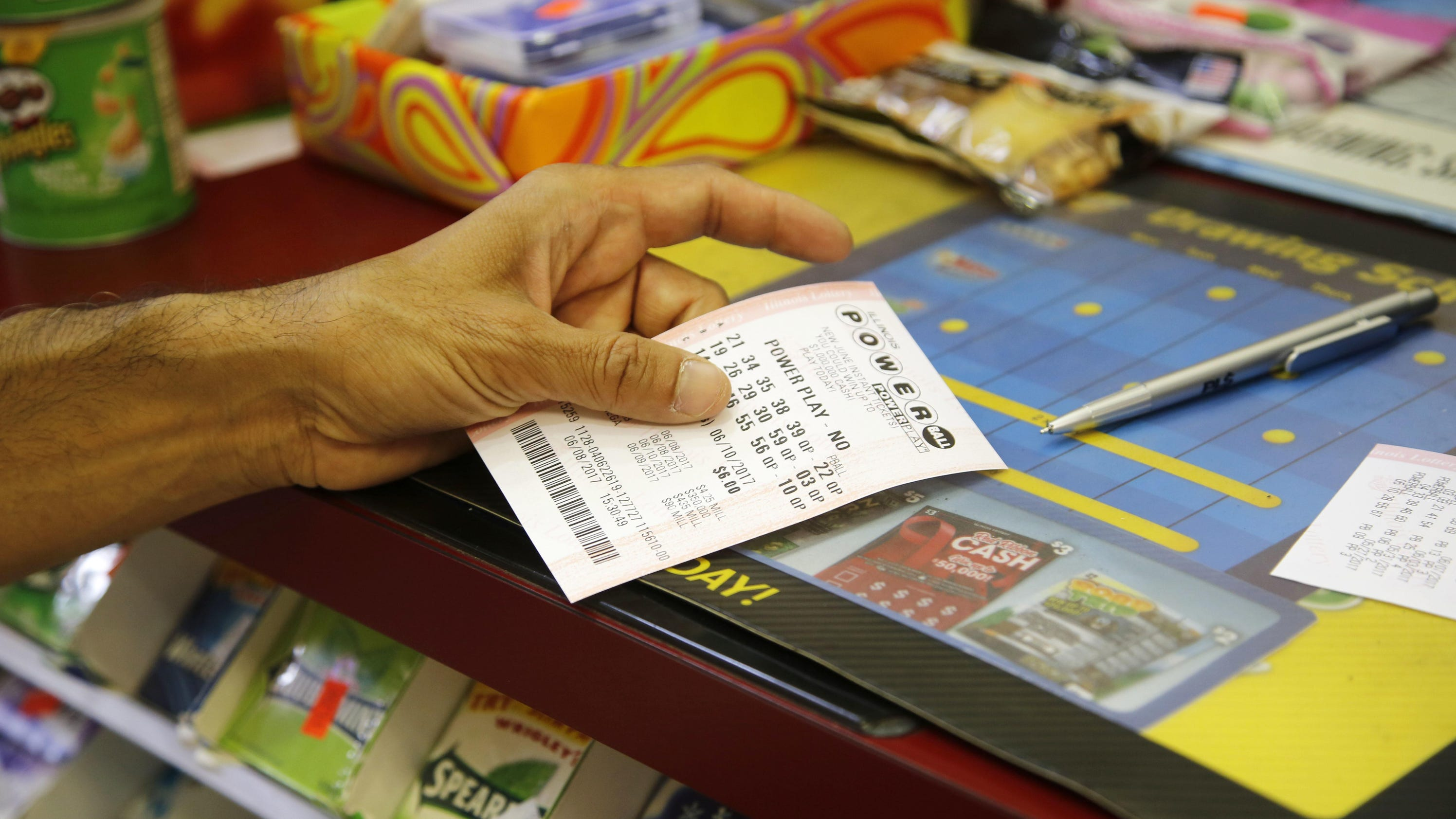 5ff8e71f6d2 cbsnews.com 1 winning Powerball ticket sold in Calif. worth  447M