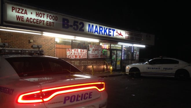 Memphis police investigate a shooting at B-52 Market on North Hollywood on Friday night.