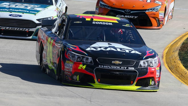 Jeff Gordon blamed himself for missing a chance at a ninth win at Martinsville Speedway.