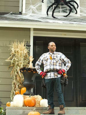 Dre (Anthony Anderson) fears his holiday fun will be ruined when the older kids balk at the glorious Johnson Halloween tradition of pranking each other.