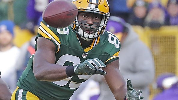 Green Bay Packers tight end Jared Cook (89) makes a