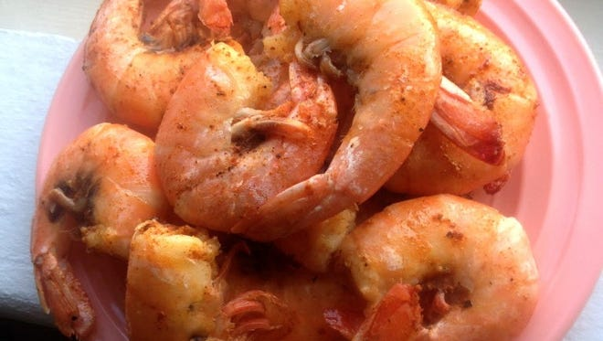 Peel-and-eat shrimp are on the menu at a Creole-Cajun cooking class at Sur la Table in Glendale on Dec. 27.